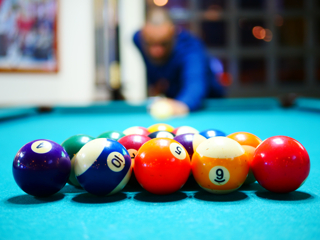 Sell a pool table in Philadelphia, Pennsylvania.